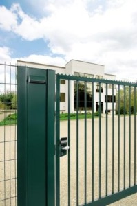 locinox-gate-hardware-green