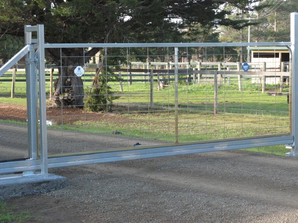 Rural Sliding Gate Kit Solar Fence And Gate Supplies
