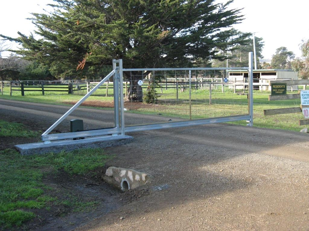 Rural sliding gate kit lv fence and supplies