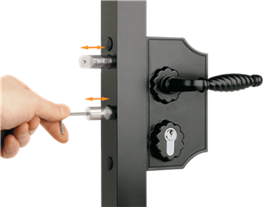 Large Ornamental Lock - adjusting