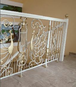 crystal-balustrade-page-mozart-balustrade-picture