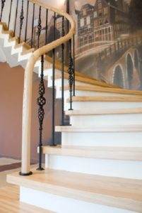 traditional-wrought-iron-balustrade-black
