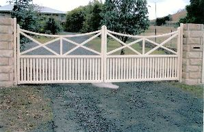swinging-gates-custom-made