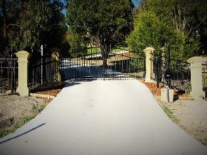 sliding-gates-page-swinging-gate-picture