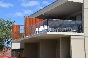 balustrade-systems-glass