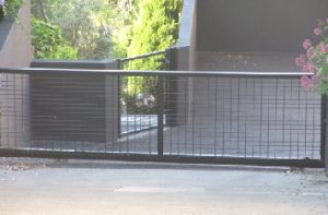 sliding-gates-welded-mesh