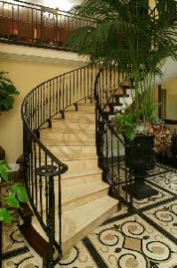 traditional-wrought-iron-balustrade-satin-black
